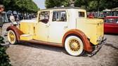 Rolls-Royce cổ được dùng làm xe đi săn của một Tiểu vương