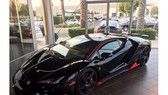 Lamborghini Centenario đầu tiên trên thế giới được rao bán