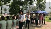 Công nhân nhà máy Samsung SEVT (Thái Nguyên) trong giờ nghỉ trưa.