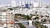 Nhiều khu dân cư và cao ốc mọc lên tại TPHCM. Ảnh: Cao Thăng