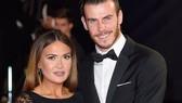 Bale chưa hết khổ vì bố vợ.
