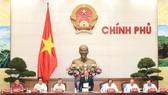 Thủ tướng Nguyễn Xuân Phúc chủ trì buổi làm việc với Hội đồng tư vấn cải cách thủ tục hành chính và Cục Kiểm soát thủ tục hành chính - Ảnh: VGP