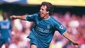 Gianfranco Zola là người Italia chơi bóng hay nhất ở sân Stamford Bridge.