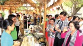 Visitors enjoy the 2016 Southern Cuisin Festival