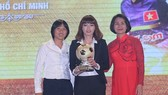Goalkeeper Kieu Trinh & her teammates to be honored