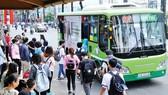 Hành khách đi xe buýt tăng từ đầu năm nay
