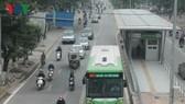 Tuyến buýt nhanh BRT đầu tiên của Hà Nội  sau 5 tháng vận hành đã không được như kỳ vọng.
