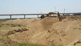Không gia hạn giấy phép bến bãi tập kết cát, sỏi ngoài quy hoạch
