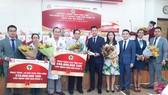 Hơn 1,2 tỷ đồng giúp bệnh viện Nhi Đồng II