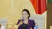 Chủ tịch Quốc hội Nguyễn Thị Kim Ngân chủ trì phiên họp. Ảnh: TTXVN