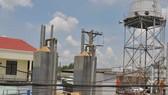 Hệ thống khai thác nước ngầm tại xã Quy Đức, huyện Bình Chánh . Ảnh: THÀNH TRÍ