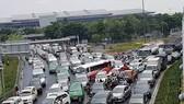 Hiến kế chống kẹt xe xung quanh sân bay Tân Sơn Nhất