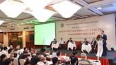 Phó thủ tướng Vương Đình Huệ phát biểu tại hội thảo - Ảnh: NHẬT BẮC