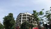 Khu đất vàng số 80 Lý Thường Kiệt, Hà Nội do Tổng công ty Đường sắt Việt Nam quản lý lùm xùm dư luận thời gian qua. Ảnh T.L.