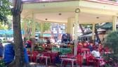 Nhà chòi trú mưa, tránh nắng trong Công viên Âu Lạc trở thành quán nước giải khát