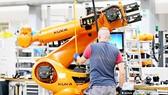 Công ty sản xuất robot công nghiệp Kuka, bài học đau đớn của Đức