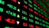 Nhà đầu tư bán tháo, VN-Index còn 820 điểm
