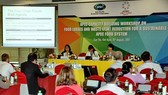 """Experts share insights and experiences on reducing food loss and waste at a capacity-building workshop on """"Food Losses and Waste Reduction for a Sustainable APEC Food System"""" on August 19 in Can Tho. (Photo: VNA/VNS)"""
