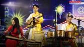 Một tiết mục biểu diễn trong chương trình nghệ thuật đường phố diễn ra tại phố đi bộ Nguyễn Huệ, TPHCM