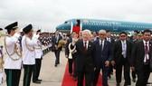 Lễ đón Tổng Bí thư Nguyễn Phú Trọng tại sân bay Quốc tế Pochentong ở Thủ đô Phnom Penh. Ảnh: TTXVN