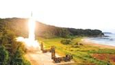 Tên lửa Hyunmoo-2 được phóng từ một địa điểm bí mật ở bờ biển phía Đông Hàn Quốc
