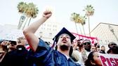 Sinh viên xuống đường phản đối chấm dứt DACA ở thành phố Los Angeles