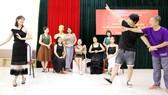 Mối lương duyên với sân khấu Việt