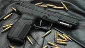 Kiểm tra khách sạn phát hiện súng cùng hàng trăm viên đạn
