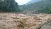 Các tỉnh từ Quảng Bình đến Phú Yên còn mưa rất to, nguy cơ cao về lũ quét và sạt lở