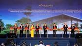 Thủ tướng Nguyễn Xuân Phúc cùng lãnh đạo TP Đà Nẵng, Tập đoàn Sovico Furama Resort Đà Nẵng cắt băng khánh thành Cung Hội nghị Quốc tế Ariyana