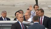 VIDEO: Hình ảnh đầu tiên của Tổng thống Vladimir Putin khi đến Đà Nẵng