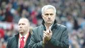 Jose Mourinho hài lòng với chiến thắng. Ảnh: Getty Images