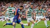 Barca (xanh đỏ) cần phải xoay tua đội hình trước Eibar. Ảnh: Getty Images