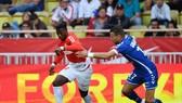Dù có đá bại Lille, AS Monaco (trái) cũng khó có thể gây sức ép cho Paris SG. Ảnh: Getty Images