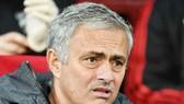 Jose Mourinho nhận thức rõ khó khăn trong mục tiêu thành công tại bóng đá Anh. Ảnh: Getty Images