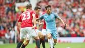 Hy vọng thời tiết không làm hỏng trận derby Manchester rất được chờ đợi này. Ảnh: Getty Images