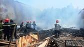 Hiện trường vụ cháy khuya ngày 7, rạng sáng ngày 8-9 làm một chiến sĩ cảnh sát PCCC hy sinh và 2 chiến sĩ khác bị thương nặng