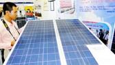 Sử dụng tấm pin năng lượng Mặt trời giúp tiết kiệm năng lượng hiệu quả
