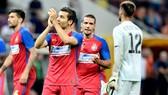 Steaua Bucharest -  NewSporting Lisbon: Nguy hiểm rình rập