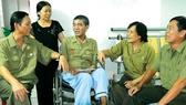 Trợ cấp mất sức có được hưởng chế độ thương binh, hưu trí?