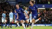 David Luiz ăn mừng chiến thắng