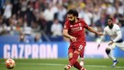 Mo Salah sút trhắng quả 11m ở phút thứ 2