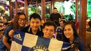 True Blue ở Sài Gòn vẫn phất cao cờ Chelsea