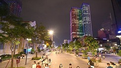 Nguyen Hue walking street in downtown HCMC (Photo: SGGP)