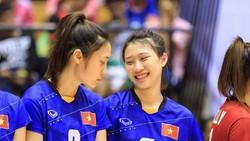 VĐV đối chuyền Phạm Thị Nguyệt Anh (phải) phải chia tay đ0ội tuyển vì tai nạn hi hữu. Ảnh: THIÊN HOÀNG