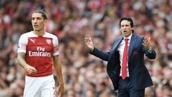 Thất bại ở ngày ra mắt chỉ là khởi đầu những khó khăn của HLV Unai Emery tại Arsenal. Ảnh: Getty Images