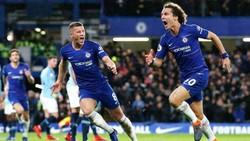 David Luiz mừng bàn quyết định mang về chiến thắng cho Chelsea. Ảnh: Reuters