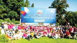 Giải golf EVGA Tour Championship 2018 thu hút đông người Việt ở châu Âu tham dự