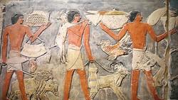 Mở cửa lăng mộ cổ Ai Cập