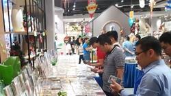 Khá nhiều khách hàng tìm đến Ngày hội băng đĩa Phương Nam 2018